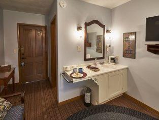 Vanity area in Room 3